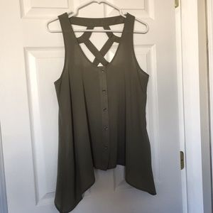 Maurice's Studio Y Cut out Tank